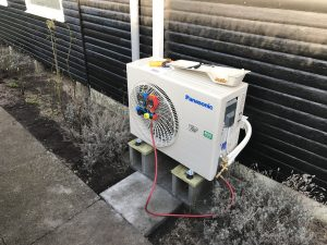 Montering af varmepumpe